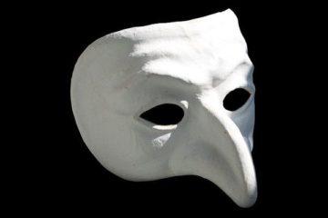 Enquête IFOP sur le complotisme ; lien avec la paranoïa en psychanalyse.